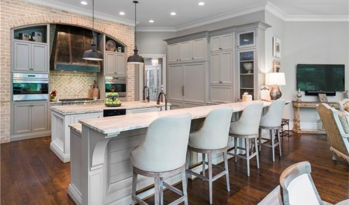 homes for sale in river club