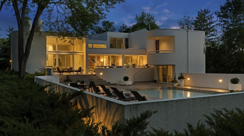 9 Luxury Real Estate Marketing Ideas