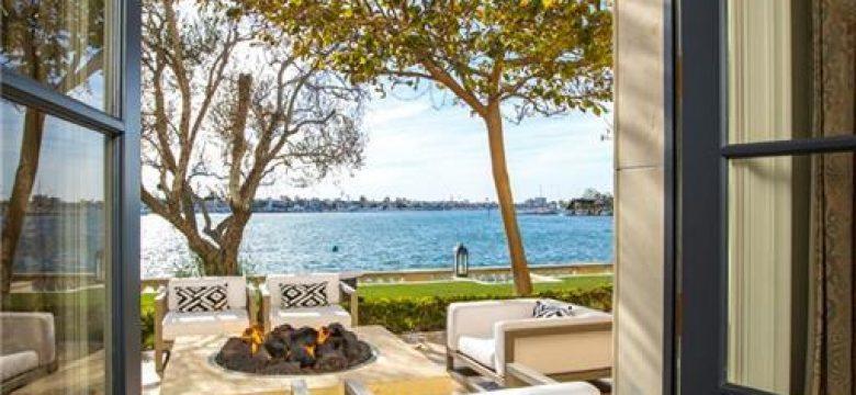 18 Harbor Is, Newport Beach 9266099
