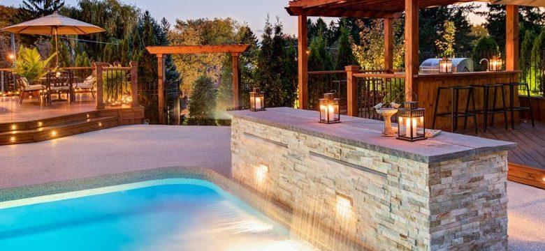 luxurypoolbackyard