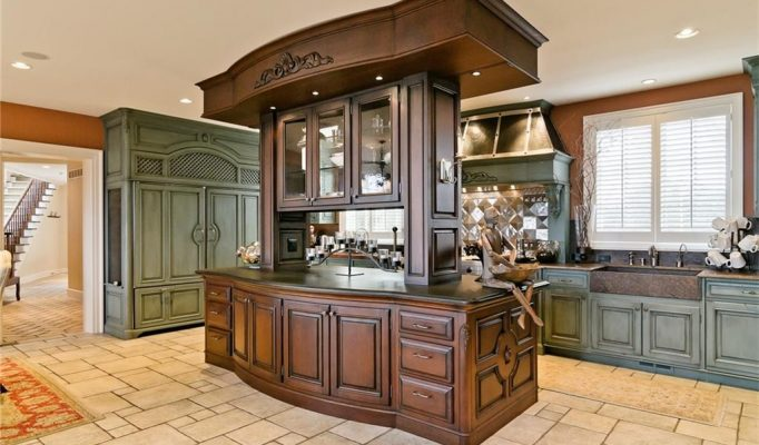 celebrity kitchen in ann arbor