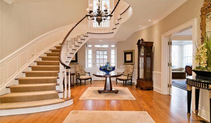luxury real estate in ann arbor